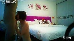 91王老板微信约某师范大学苗条性感美女家中做客,各种语言挑逗把她搞上床,干的太久妹子哭着说:不要,不要了